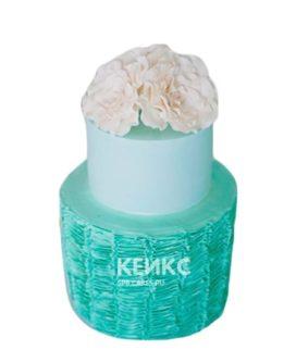 Двухъярусный свадебный торт в стиле тиффани с белым цветком