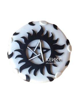 Торт сверхъестественное черно-белого цвета
