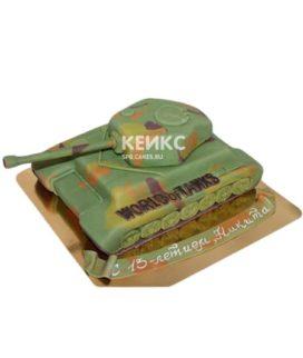 Торт в виде танка с надписью