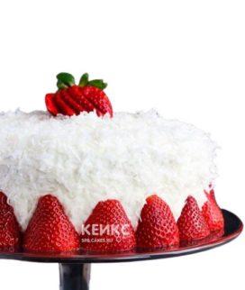 Белый веганский торт с клубникой