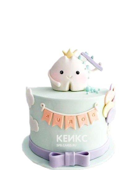 Милый детский торт на первый зубик мятного цвета