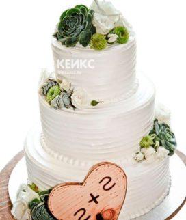 Свадебный торт с инициалами 8