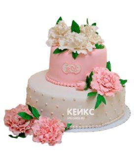 Торт бело-розовый 12
