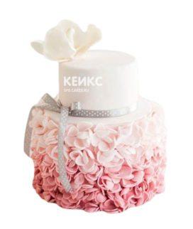 Торт бело-розовый 9