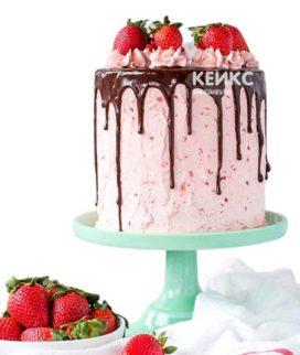 Торт с клубникой 8