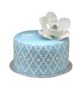 Торт бело голубой 1