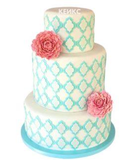 Торт бело голубой 3