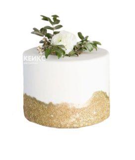Торт бело золотой 5