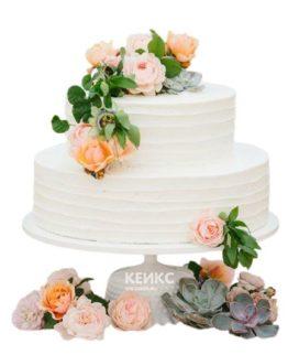 Торт белый с цветами 1