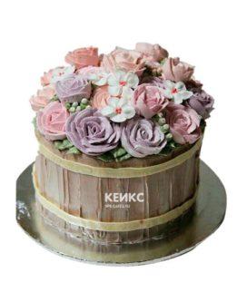 Торт корзина с цветами без мастики 1
