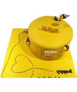 Торт с пчелой-1