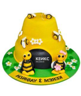 Торт с пчелой-10