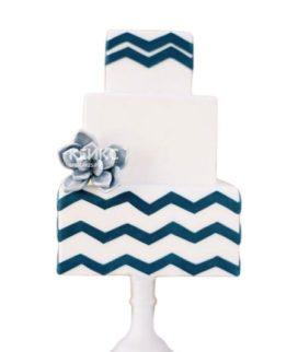 Торт сине белый 3