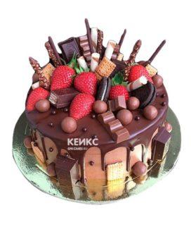 Торт шоколадный с ягодами 1