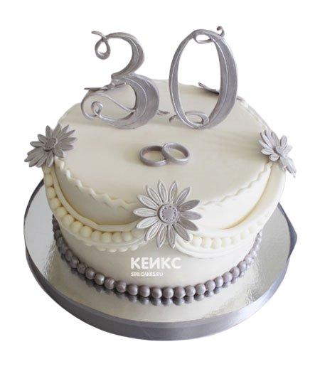 Торт на жемчужную свадьбу 9