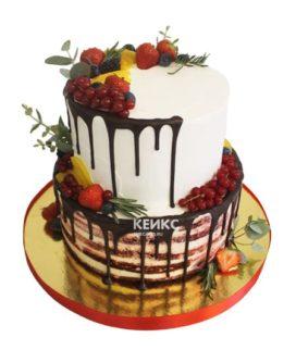 Торт со свежими ягодами 1