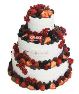 Свадебный торт с клубникой 11