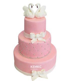 Свадебный торт с лебедями 8