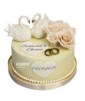 Свадебный торт с лебедями 9